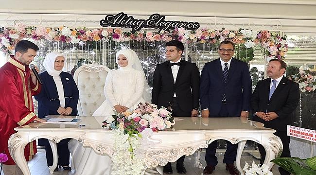 Kaymakam Yeşilbaş ile Avukat Gezer evlendi