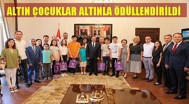 LGS ŞAMPİYONLARI ÖDÜLLENDİRİLDİ
