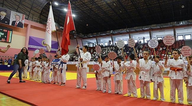 Ordulu judocular birinci oldu