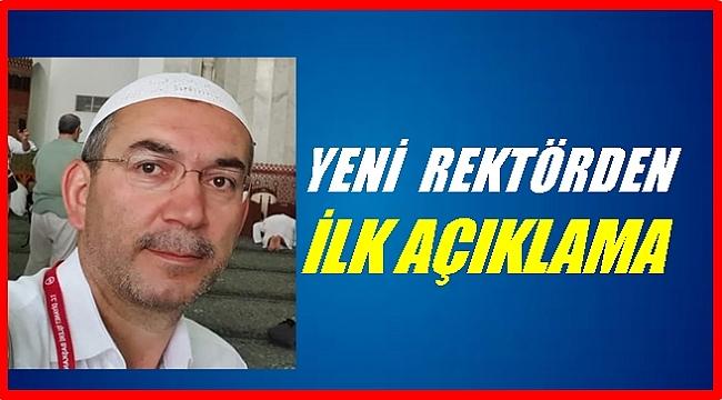 Rektör Akdoğan ilk mesajını Kabe'den verdi