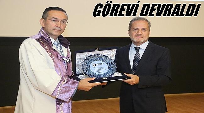 Rektör Akdoğan devir teslim töreninde ne mesajlar verdi
