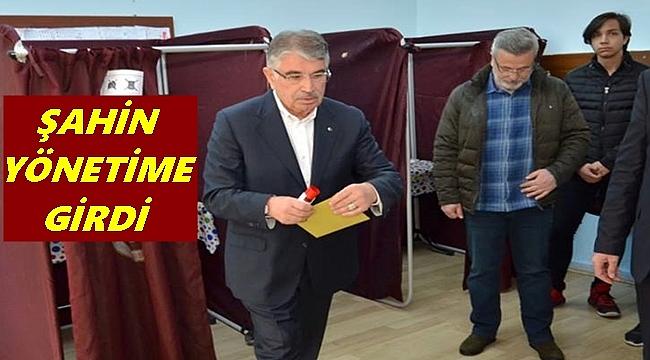 İdris Naim Şahin hangi partinin yönetimine girdi?