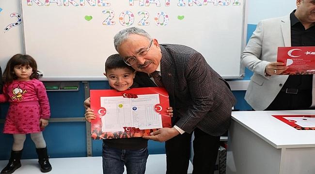 Başkan Güler öğrencilerin karne heyecanına ortak oldu