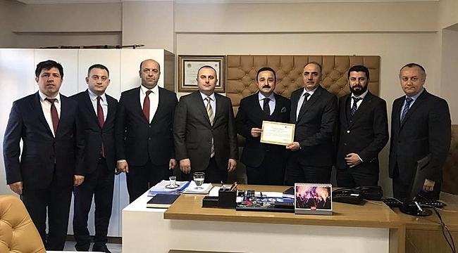 Defterdarlık Şanlıtürk'ü Teşekkür Belgesiyle Ödüllendirdi