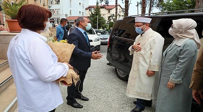 Diyanet İşleri Başkanı Erbaş Vali Sonel'i ziyaret etti