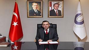 Akdoğan: Gazeteciler önemli rol üstlenmekte