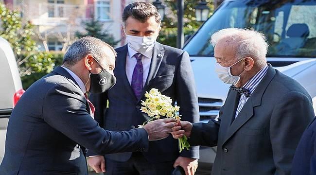 Profesör Kapıcıoğlu kazada vefat eden oğlu için okul yaptıracak