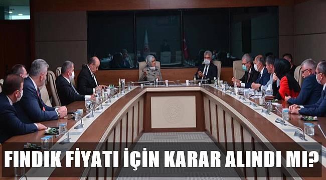 AK Partili Milletvekilleri fındık için toplandı