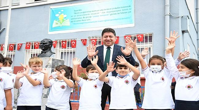 Altınordu Belediyesi'nden öğrencilere eğitim seti