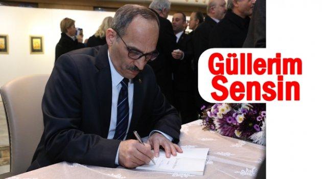 """NECATİ KIRIŞ 'GÜLLERİM SENSİN"""" KİTABINI İMZALADI"""