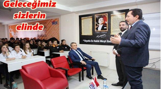 VALİ AÇI LİSESİ'NDE