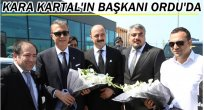 BAŞKAN ORMAN'I SİYAH BEYAZLI TARAFTARLAR KARŞILADI